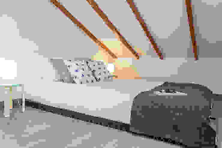 Home Staging apartamento alquiler turístico, Madrid. Byta Espacios Dormitorios de estilo escandinavo