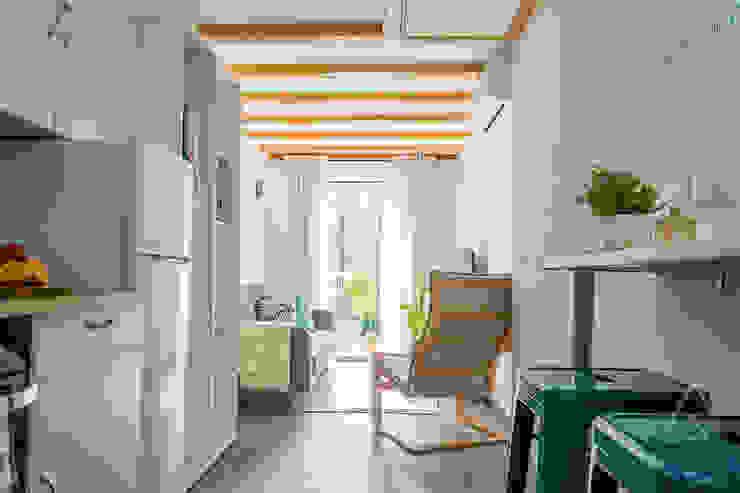 Home Staging apartamento alquiler turístico, Madrid. Byta Espacios Salones de estilo escandinavo