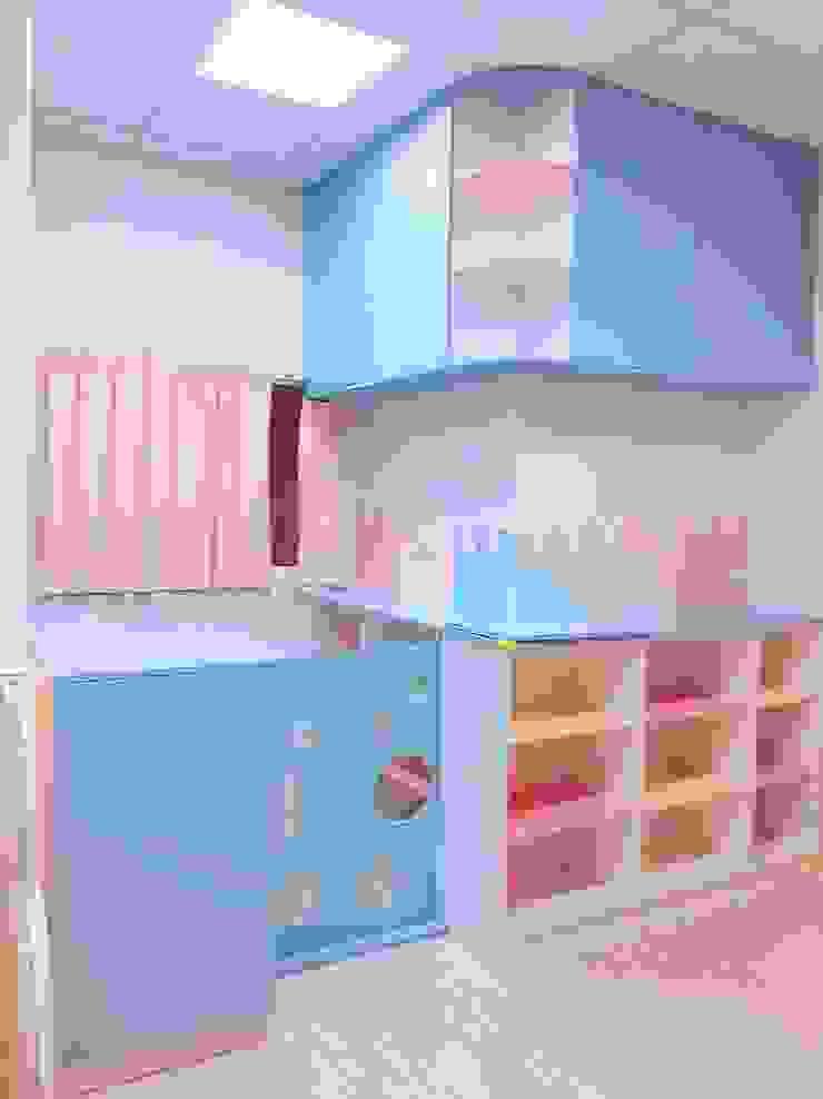 教室的儲物收納櫃及小小柵欄 根據 藏私系統傢俱 北歐風