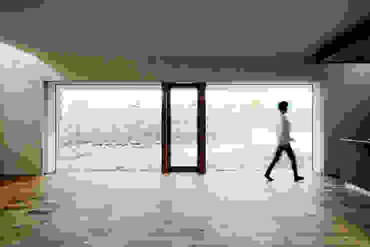 一級建築士事務所 Atelier Casa Eclectic style living room