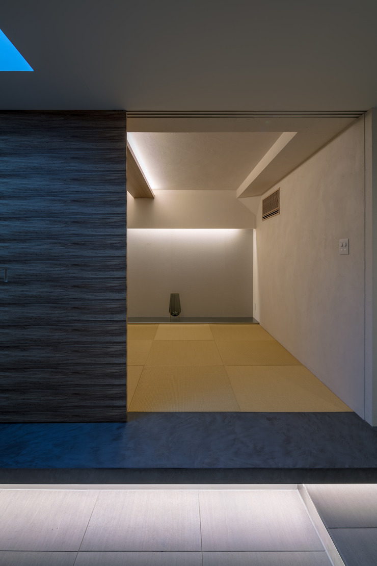 Salas multimédia modernas por エスプレックス ESPREX Moderno