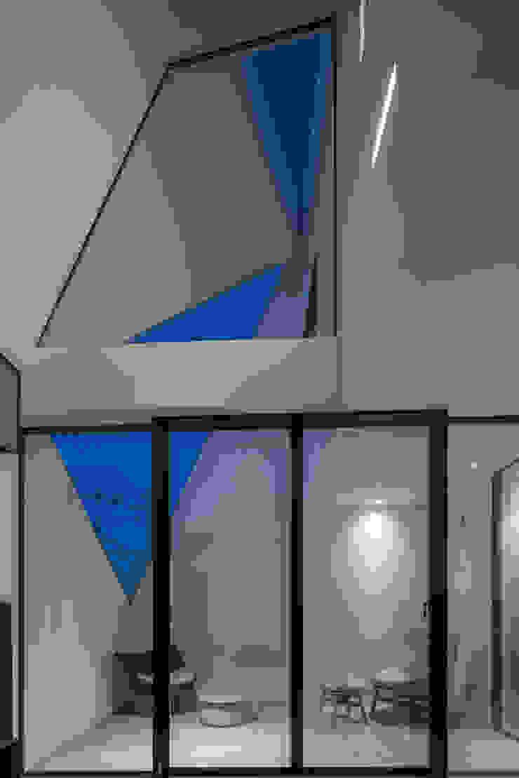 Salas de estar modernas por エスプレックス ESPREX Moderno