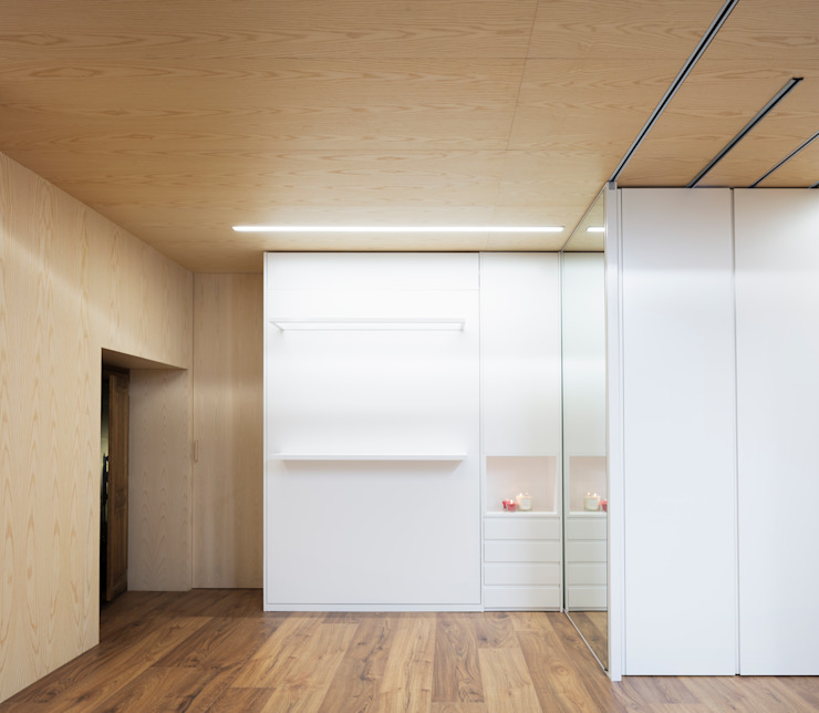 Eseiesa Arquitectos Minimalist bedroom Wood White