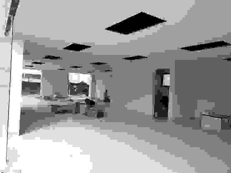 VillaSi Construcciones Modern style study/office