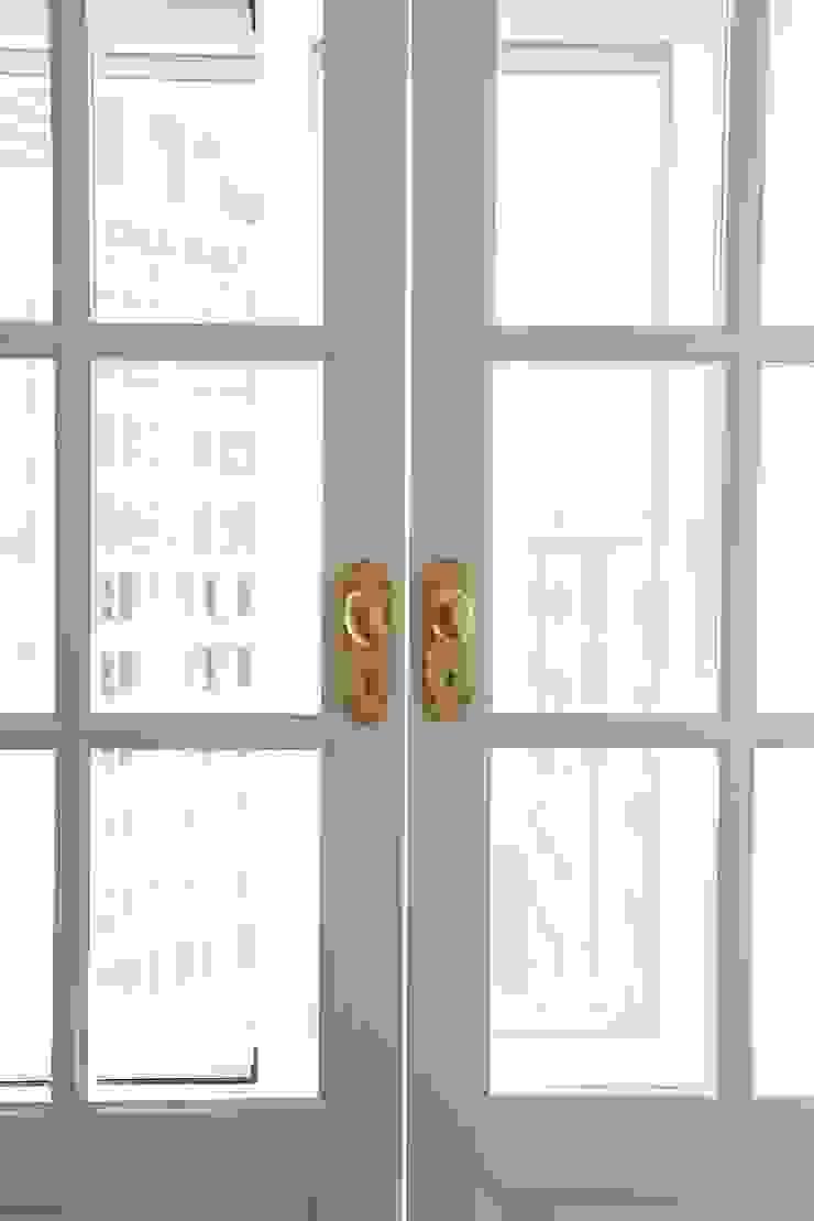 세미클래식과 내추럴이 만나다_분당 두산위브트레지움인테리어 by 더집디자인 (THEJIB DESIGN) 클래식