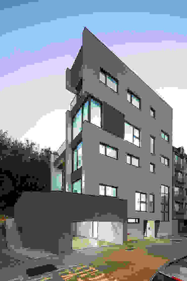 목동 유신메디칼 사옥 by (주)건축사사무소 모도건축 모던 벽돌