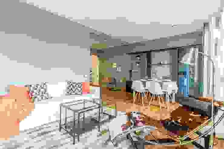 Salón - comedor Comedores de estilo escandinavo de Impuls Home Staging en Barcelona Escandinavo