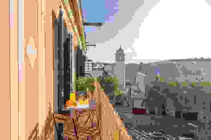 Terraza Balcones y terrazas de estilo escandinavo de Impuls Home Staging en Barcelona Escandinavo