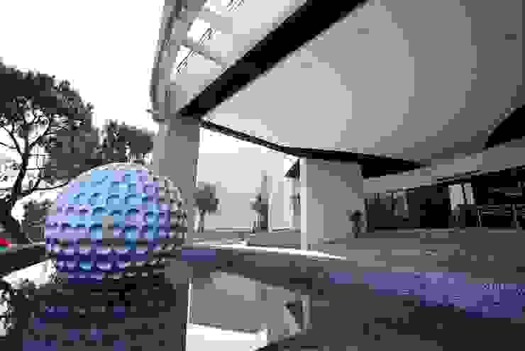 高爾夫球鏡面反射池 司創仁和匯鉅設計有限公司 商業空間