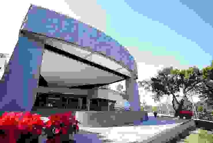 現代風-松柏嶺高爾夫球場會館改建 司創仁和匯鉅設計有限公司 商業空間