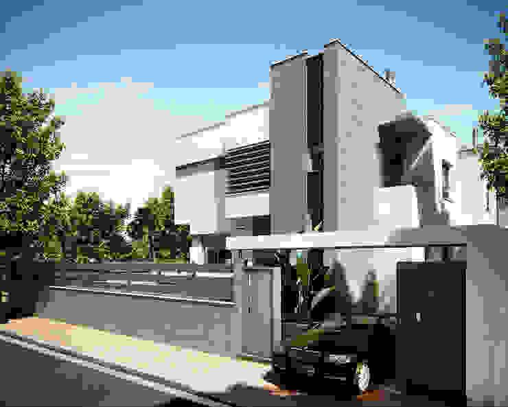現代房屋設計點子、靈感 & 圖片 根據 GSM Edificaciones 現代風