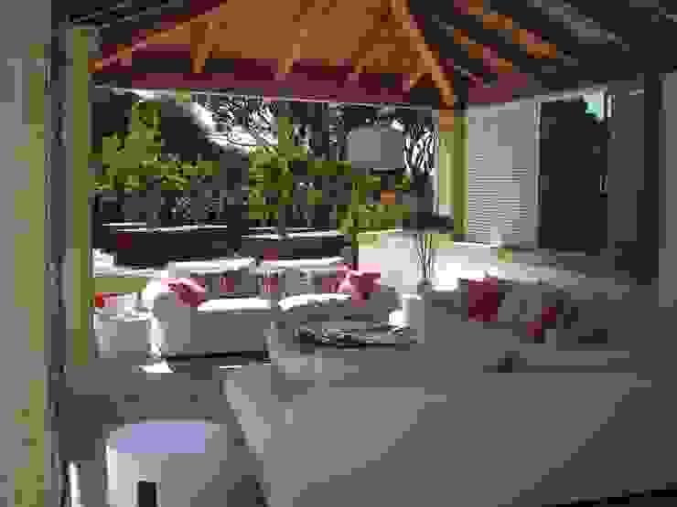 ARQ1to1 - Arquitectura, Interiores e Decoração Balconies, verandas & terraces Accessories & decoration