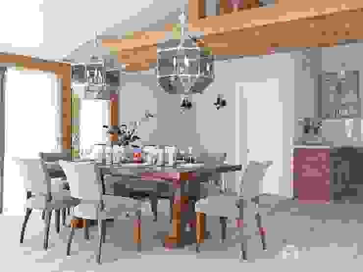 Столовая: Столовые комнаты в . Автор – Архитектурная студия 'АВТОР', Эклектичный