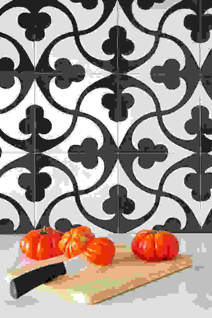 PISO PARLAMENT29 Miel Arquitectos Kitchen units Tiles
