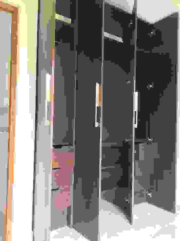 Closet 2 Vestidores de estilo moderno de ARDI Arquitectura y servicios Moderno Aglomerado