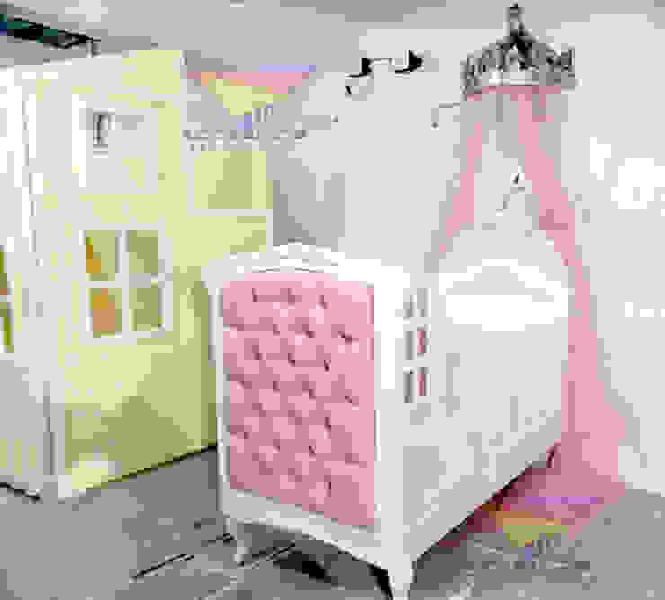 Divina cuna con capitone de camas y literas infantiles kids world Clásico Derivados de madera Transparente