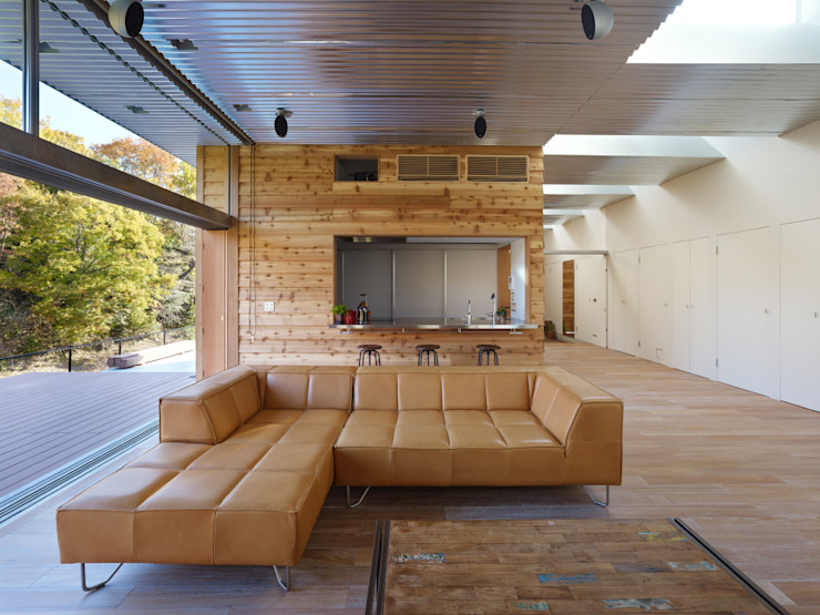 Ruang Keluarga Modern Oleh 藤原・室 建築設計事務所 Modern