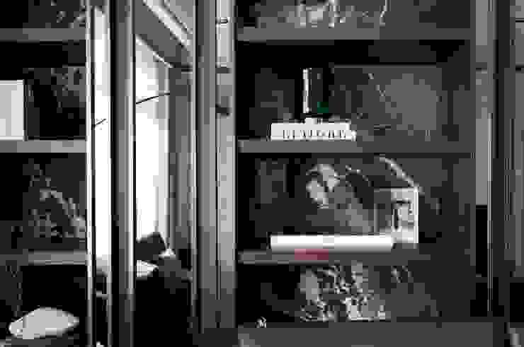 瀞若.覓謐  Sequestered Reality: 現代  by 理絲室內設計有限公司 Ris Interior Design Co., Ltd., 現代風