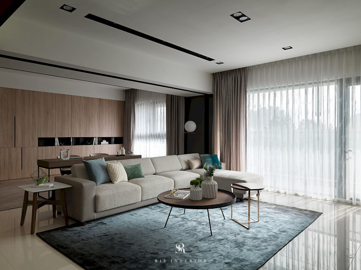 悠.繞 |Leisure.Round: 極簡主義  by 理絲室內設計有限公司 Ris Interior Design Co., Ltd., 簡約風