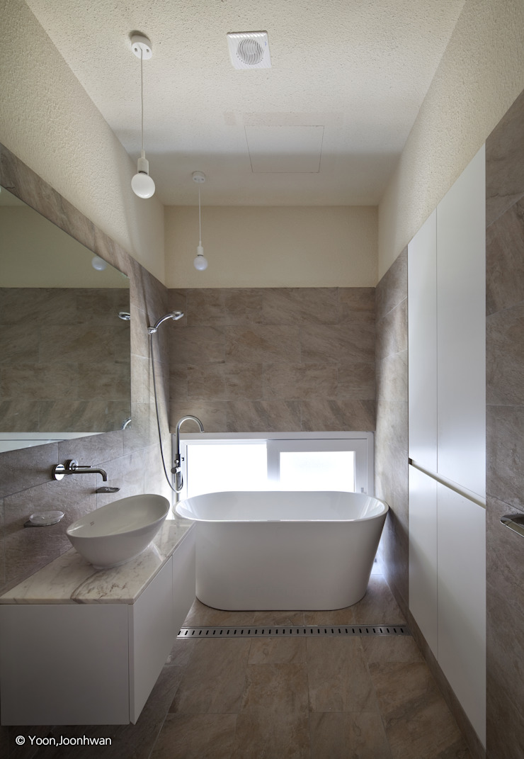 욕실 모던스타일 욕실 by 건축사사무소 모뉴멘타 모던