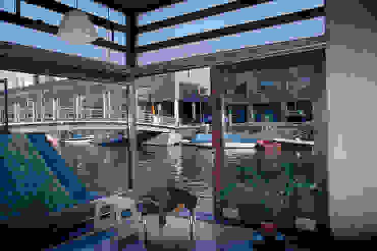 TEKTON architekten Modern windows & doors