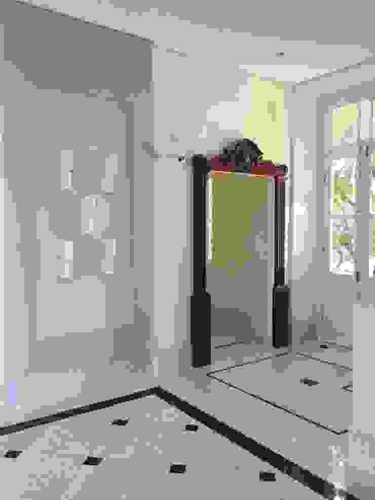 Carlos Eduardo de Lacerda Arquitetura e Planejamento Puertas estilo clásico