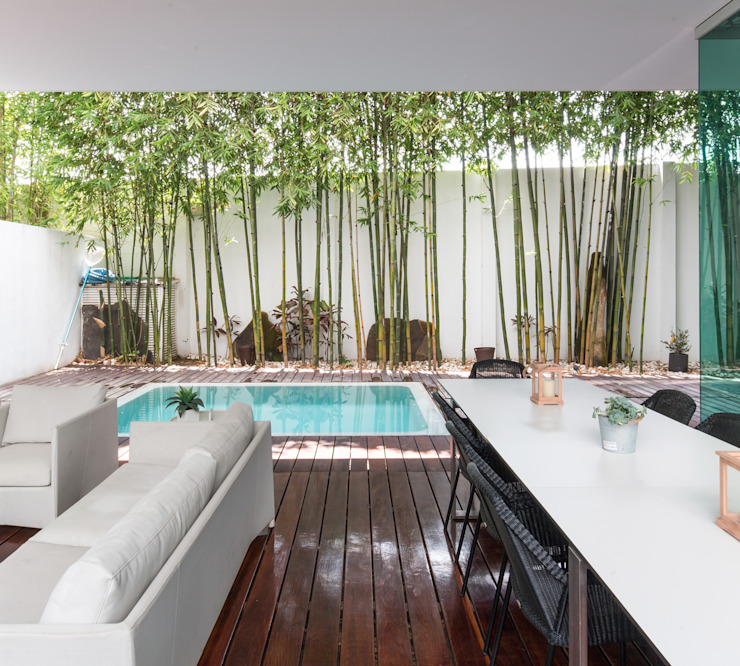 Modern pool by TaAG Arquitectura Modern
