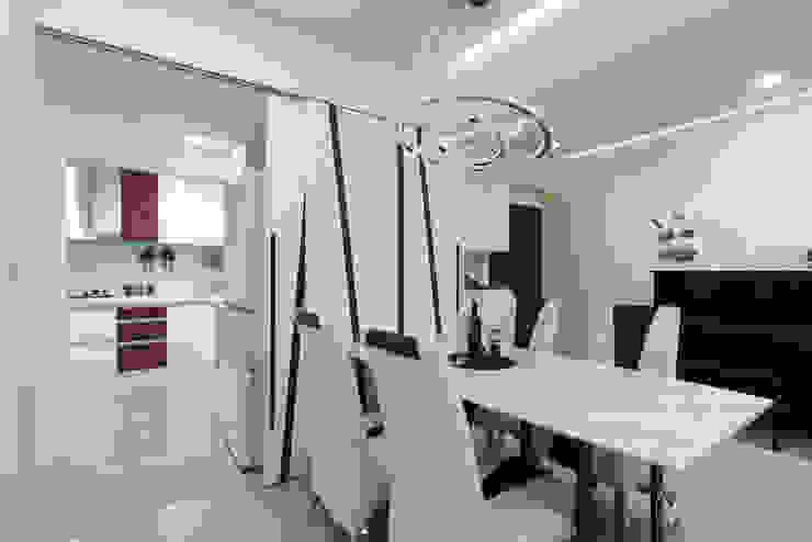 Comedores de estilo moderno de 元作空間設計 Moderno