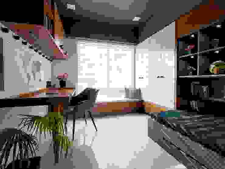 Linear Progression Modern nursery/kids room by Space It Up Modern
