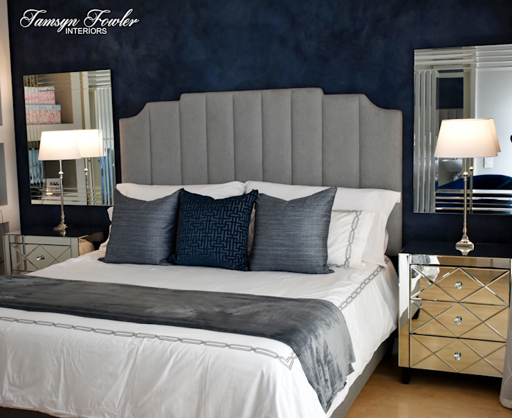 Moody in blue Modern style bedroom by Tamsyn Fowler Interiors Modern