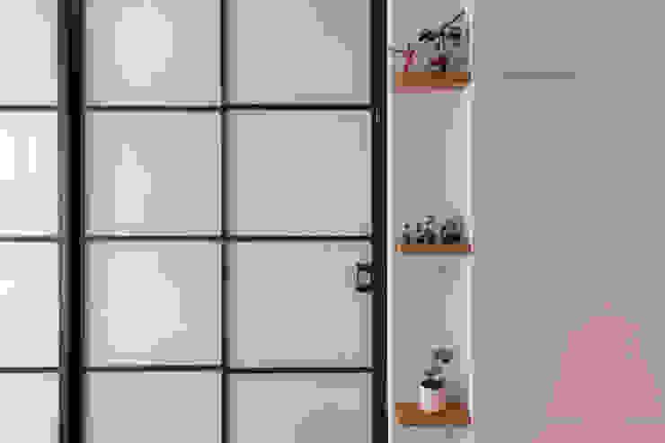 對話 根據 松泰室內裝修設計工程有限公司 現代風 玻璃