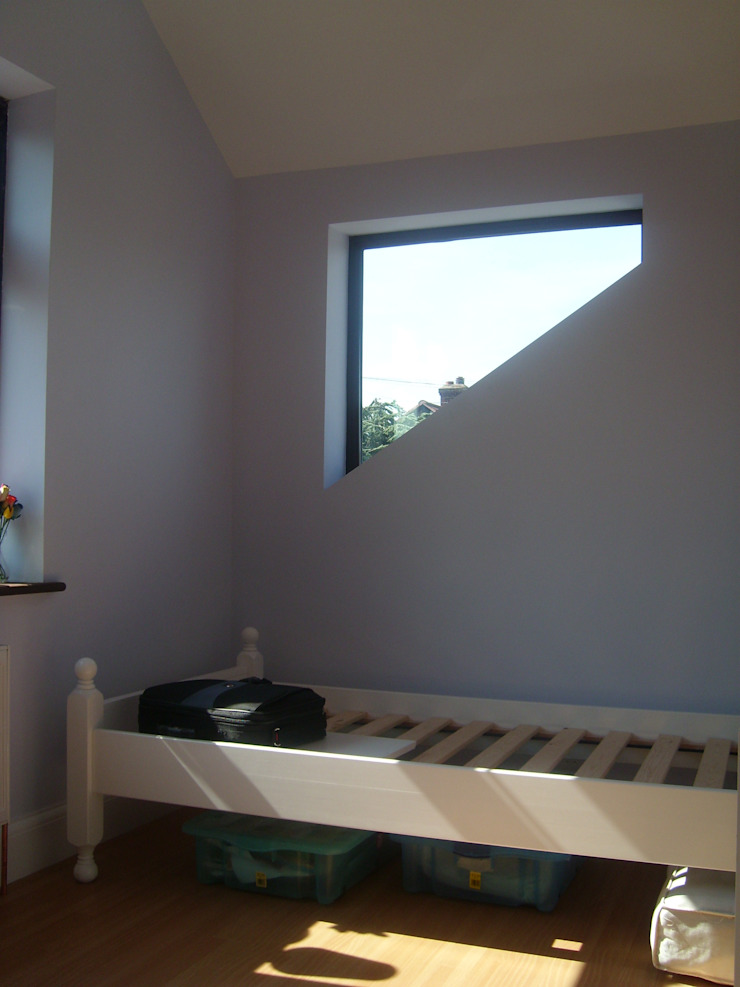Bexleyheath—Roof Extension Arc 3 Architects & Chartered Surveyors Modern style bedroom