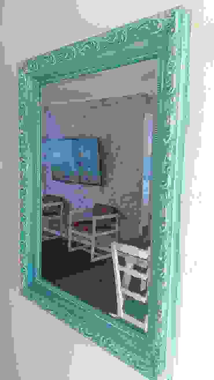 Restauracion de Espejo de ANGLOCOLORS Moderno