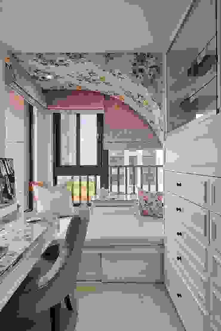 百花齊放 根據 趙玲室內設計 古典風