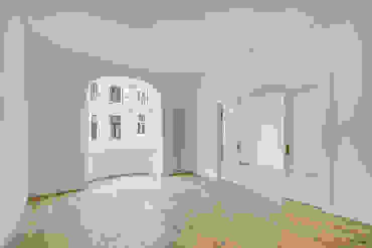 Gründerzeithaus A ZHAC / Zweering Helmus Architektur+Consulting Moderne Wohnzimmer