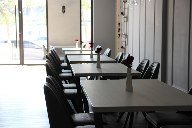 REVIVRE 法式餐廳: 經典  by 木博士團隊/動念室內設計制作, 古典風
