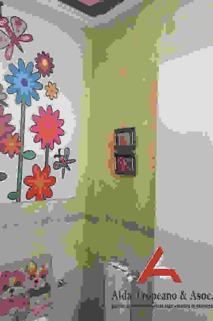 Moderne Badezimmer von Aida Tropeano & Asoc. Modern