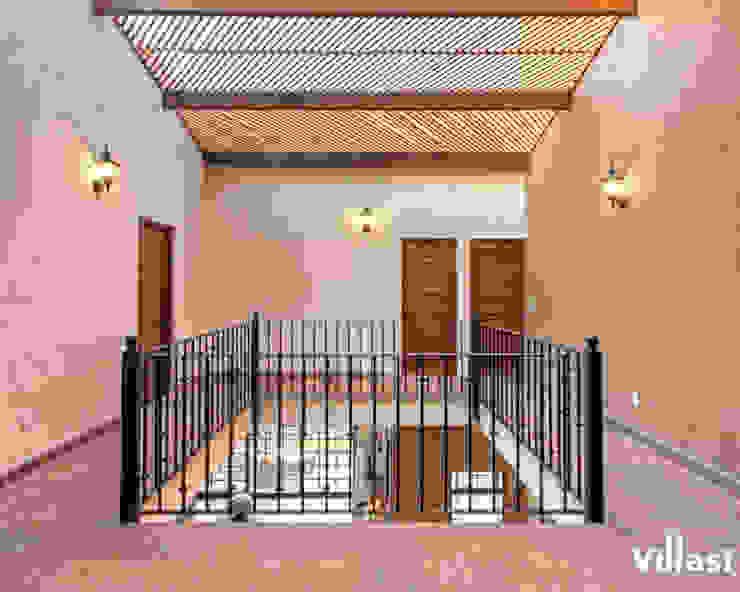 Rustic style corridor, hallway & stairs by VillaSi Construcciones Rustic
