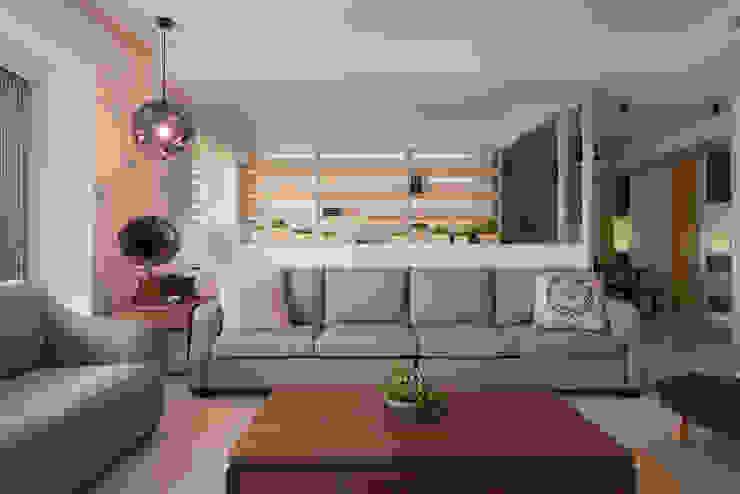 通透與綠意 趙玲室內設計 现代客厅設計點子、靈感 & 圖片