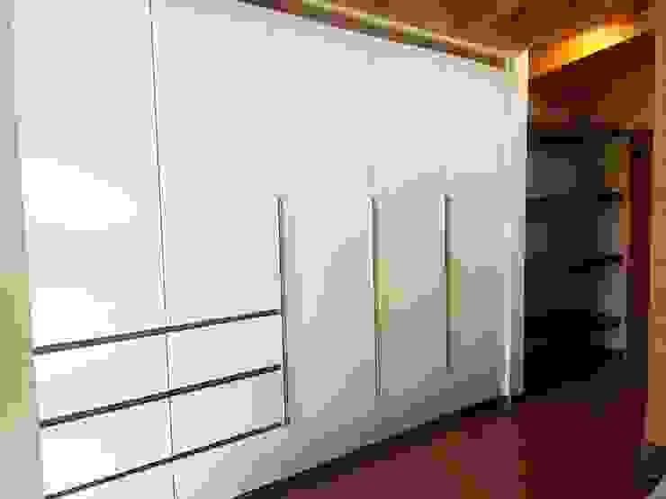 Closet Casa Molino Viejo, Llanquihue de Quo Design - Diseño de muebles a medida - Puerto Montt Moderno
