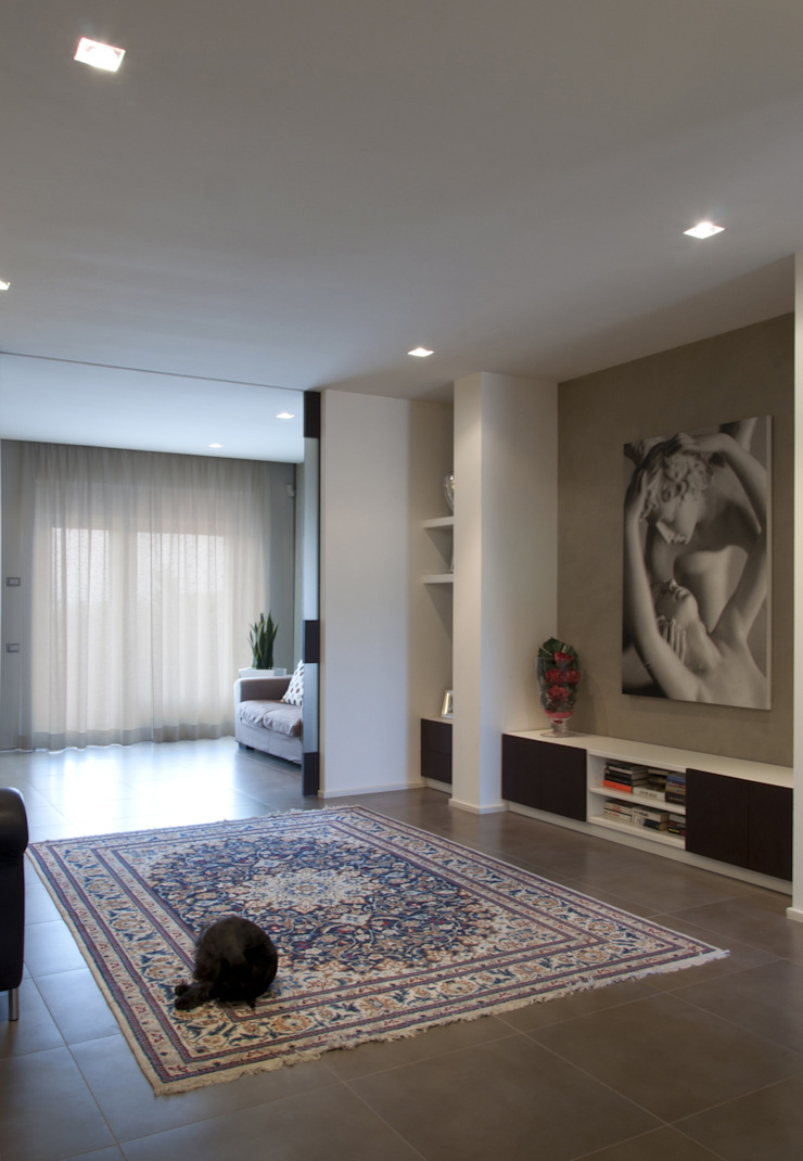 GIAN MARCO CANNAVICCI ARCHITETTO Modern Living Room
