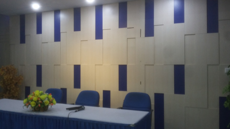 Backdrop:modern  oleh MODE KARYA, Modern Kayu Buatan Transparent