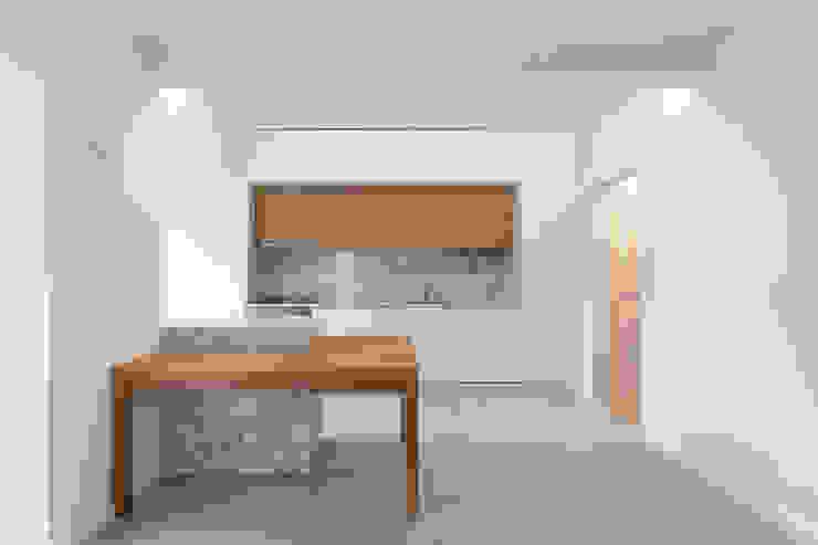Remodelação T2 Amora por BL Design Arquitectura e Interiores Minimalista Mármore