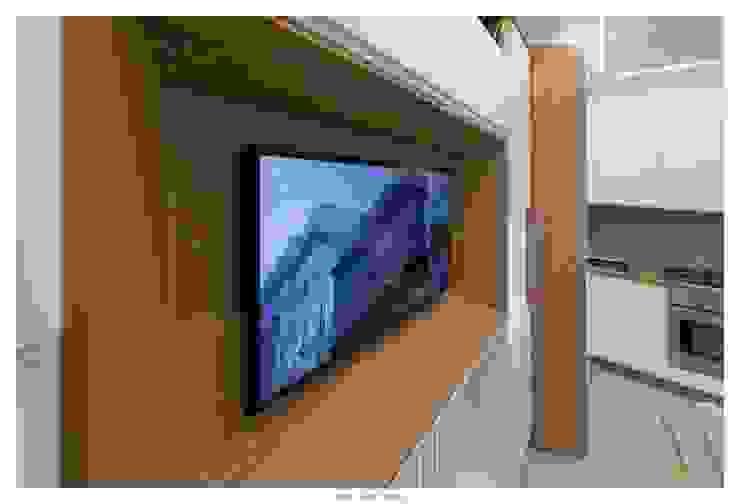 GINO SPERA ARCHITETTO Modern walls & floors
