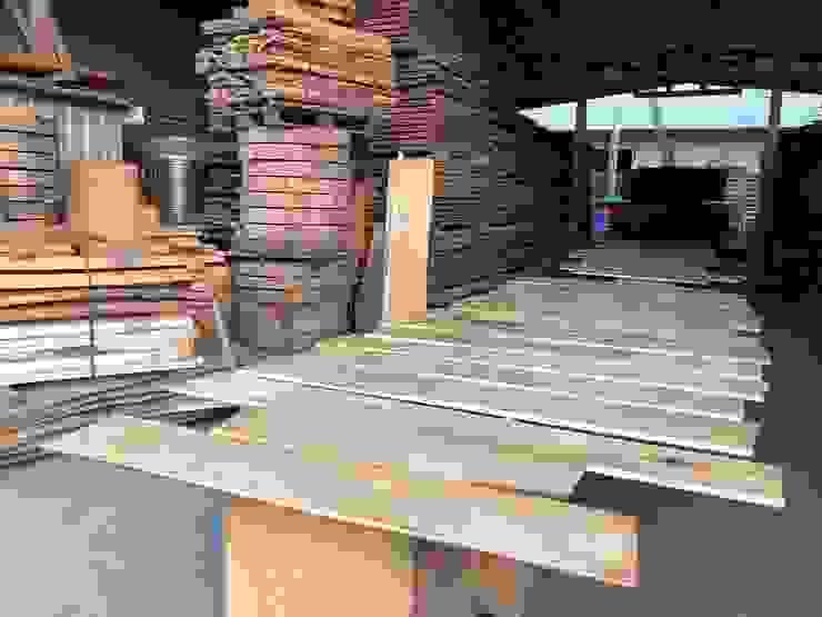磨砂完成 根據 製材所 Woodfactorytc