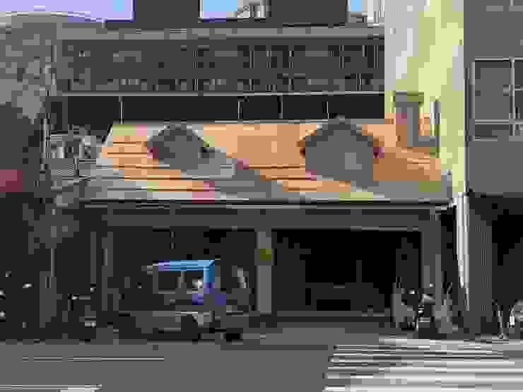 屋頂磚瓦 根據 製材所 Woodfactorytc