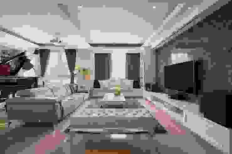 蔚藍與神秘黑 根據 趙玲室內設計 古典風