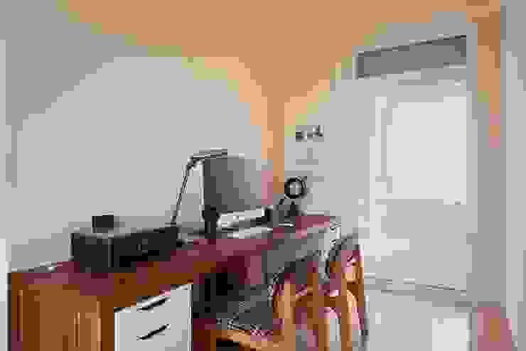 琴音繞樑~ 舊藏新裝~ 新古典的新風情 根據 趙玲室內設計 古典風