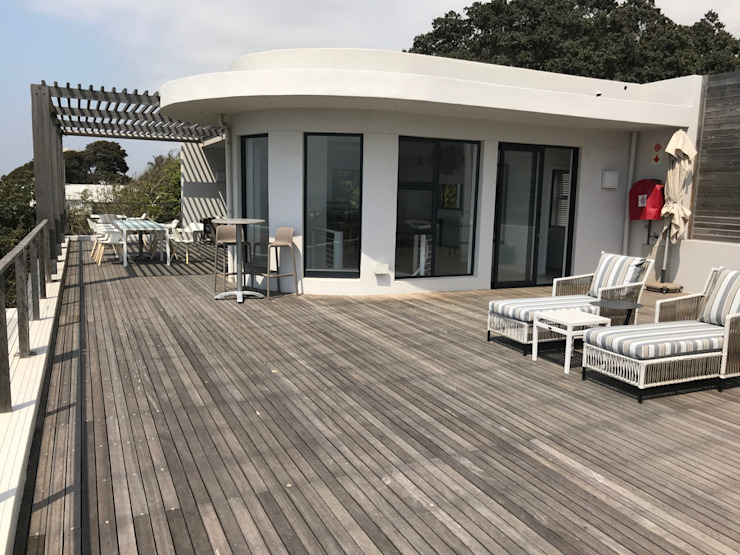 by John Smillie Architects Modern