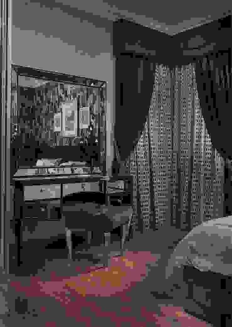 Ultra modern luxury bedroom  Never be scared of black: الآسيوية  تنفيذ NADIA .Gallery, أسيوي خشب Wood effect